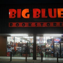 Photo taken at Big Blue Bookstore by Scott S. on 11/14/2013