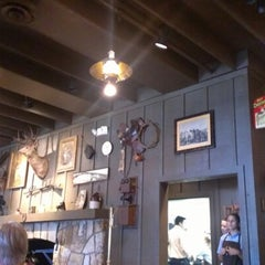 Photo taken at Cracker Barrel Old Country Store by Liam Z. on 10/20/2012