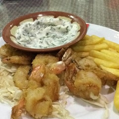 Photo taken at Al-Fakhar Turkish Restaurant | مطعم الفخار by IBRAHIM B. on 8/16/2014