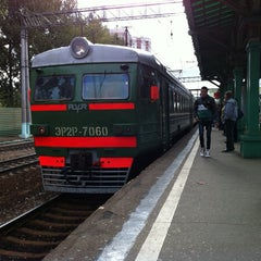 Photo taken at Станция «Одинцово» by Ugin E. on 9/26/2012