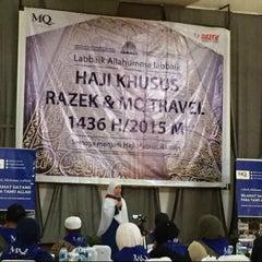 Photo taken at Masjid Daarut Tauhiid by Levana N. on 8/13/2015