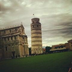 Photo taken at Piazza del Duomo (Piazza dei Miracoli) by Claudio Bernardo C. on 11/3/2012