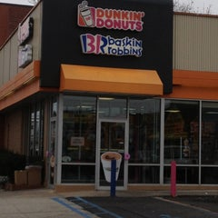 Photo taken at Dunkin Donuts by Keith O. on 12/1/2012