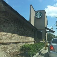 Photo taken at Starbucks by SooFab on 8/28/2015