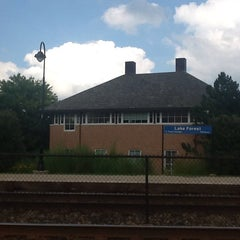Photo taken at Metra - Lake Forest by Bella E. on 8/7/2013