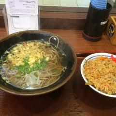 Photo taken at つるまるうどん ピオレごちそう館店 by 姫路のブル @. on 10/17/2014