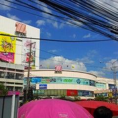 Photo taken at The Mall Nakhon Ratchasima (เดอะมอลล์นครราชสีมา) by ⓉⓞⓇⓞⓈⓐⓝⓖ on 12/30/2012
