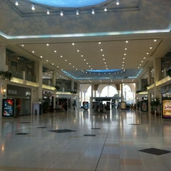 Photo taken at Landmark Mall | اللاندمارك by A❤️A on 1/27/2013