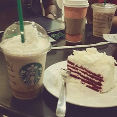 Photo taken at Starbucks by Satria W. on 7/21/2013