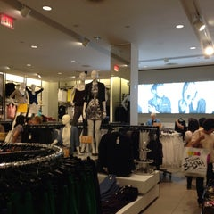 Photo taken at H&M by Sheila V. on 7/21/2013