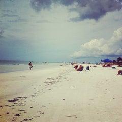 Photo taken at Siesta Key Beach by Karlynn H. on 9/15/2012