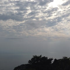 Photo taken at Muka Head Lighthouse by Leong Chee Quin 梁. on 6/15/2014