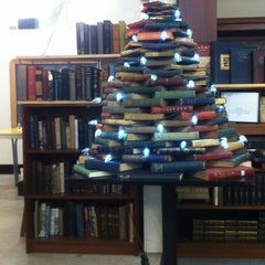 Photo taken at Book Bay Fort Mason by Wilfred W. on 12/15/2012