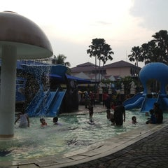 Photo taken at Marcopolo Water Adventure by Puchiko P. on 5/21/2013