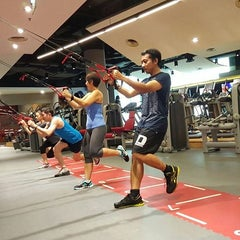 Photo taken at Fitness First Platinum by Yusuf H. on 2/4/2016