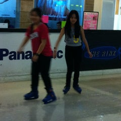 Photo taken at The Rink (เดอะ ริ้ง) by Natacha C. on 9/7/2013