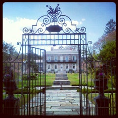 Photo taken at Bartow-Pell Mansion Museum by Jeremy F. on 10/21/2012
