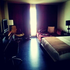 Photo taken at Hotel Sorella CITYCENTRE by Eloy G. on 6/23/2013