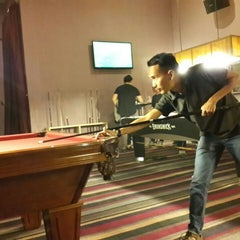 Photo taken at Q Billiard by Dimas N. on 12/27/2014