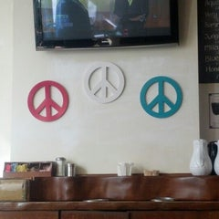 Photo taken at Peace & Love Cafe by Fred W. on 11/24/2012
