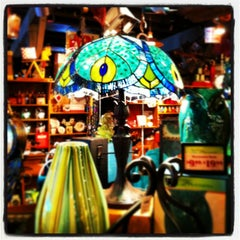 Photo taken at Cracker Barrel Old Country Store by TEC I. on 1/11/2013