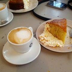 Photo taken at Cafè Camèlia by Ferran E. on 10/21/2012