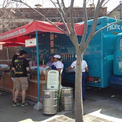 Photo taken at Karl Strauss Beer Truck by Corey M. on 3/17/2013