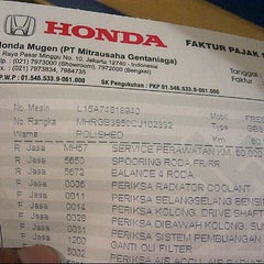 Photo taken at Honda Mugen - Pasar Minggu by Joe D. on 5/15/2015
