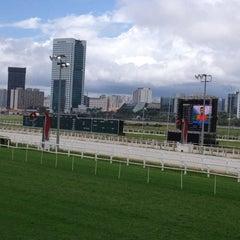 Foto tirada no(a) Jockey Club de São Paulo por Dessa V. em 1/20/2013