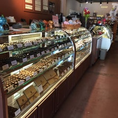 Photo taken at Whetstone Chocolate Factory by Emilie A. on 5/10/2015