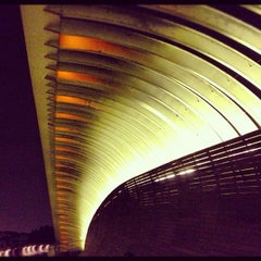 Photo taken at Henderson Waves by Jessica Francis S. on 10/12/2012