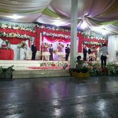 Photo taken at Restaurant Teluk Kupang by Johnis Imanuel Haning on 10/27/2012