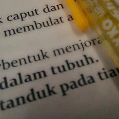 Photo taken at Fakultas Matematika dan Ilmu Pengetahuan Alam (MIPA) by Shafiraa N. on 3/26/2014