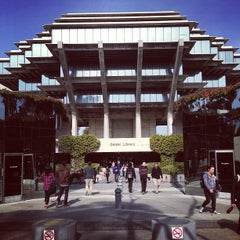 Photo taken at Geisel Library by Rob Mc C. on 1/9/2013