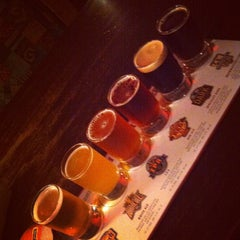 Photo taken at Rock Bottom Restaurant & Brewery by Jacquelyn on 9/15/2012