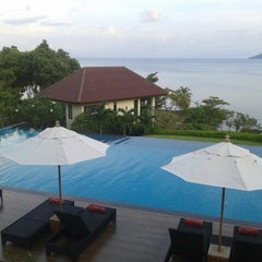 Photo taken at Sea Breeze @ Koh Mak by Brad F. on 11/10/2012