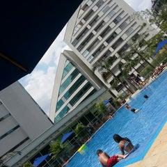 Foto tomada en Hotel San Fernando Plaza por Charles H. el 10/15/2012