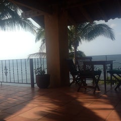 Photo taken at Hotel Villa Romana by Jose H. on 3/28/2014