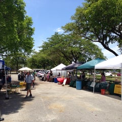 Photo taken at Tropical Park Food Trucks by Eddie D. on 5/17/2014
