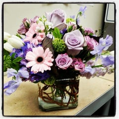 Photo taken at Monday Morning Flower and Balloon Co by Georgianne Vinicombe M. on 8/11/2014