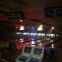 Photo taken at Bowl-A-Roll Lanes by gerard d. on 10/28/2012