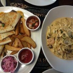 Photo taken at OUTBACK Steakhouse by Jisun L. on 1/9/2015