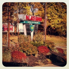 Photo taken at Palace Diner by Captain Rob on 11/18/2012