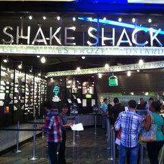 Photo taken at Shake Shack by Ashraf Q. on 6/15/2013