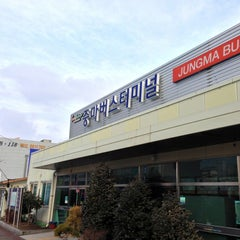 Photo taken at 중마터미널 by 만웅 on 12/30/2012
