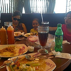 Photo taken at Solaria by Apud M. on 10/21/2012
