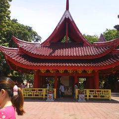 Photo taken at Sam Poo Kong Temple (Zheng He Temple) by Felix W. on 10/19/2012