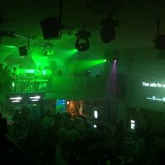Foto tomada en Asha Bar por Ernesto V. el 10/14/2012