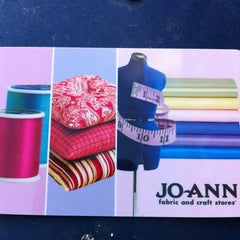 Photo taken at Jo-Ann Fabric and Craft by Diane C. on 10/22/2012
