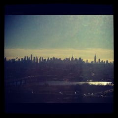 Photo taken at Hilton Meadowlands by Оля Л. on 11/16/2012